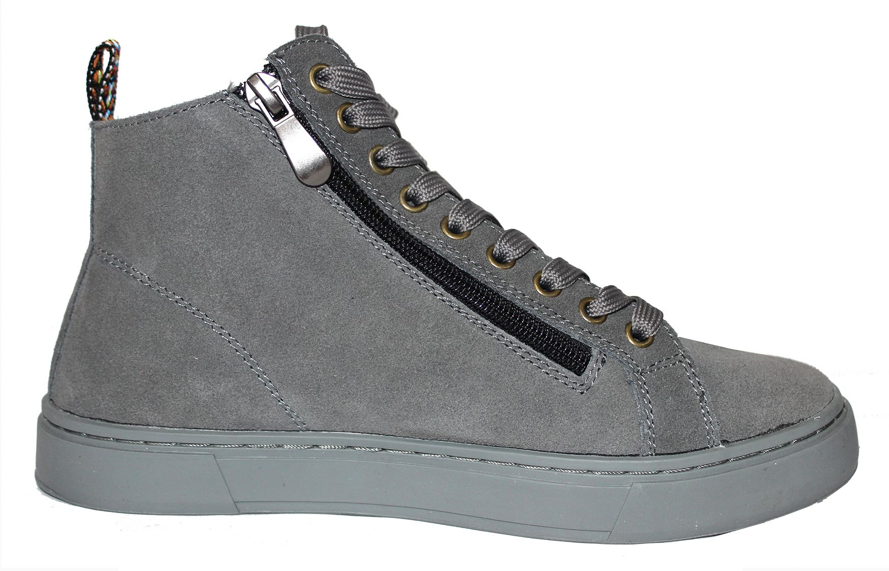 gris20oscuro202